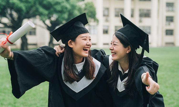 Des faux diplômes français vendus sur un site chinois