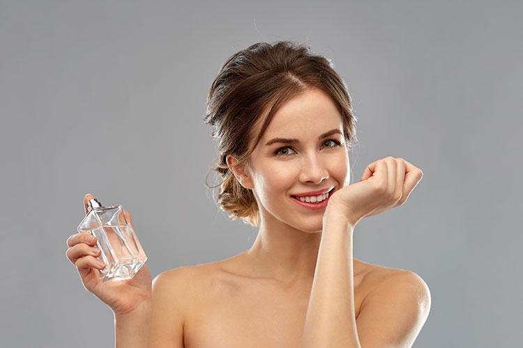Chiffre : 36000 parfums contrefaits venant de Chine