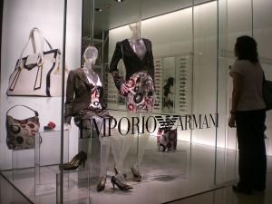 Giorgio Armani se lance sur le web en Chine - Chinecroissance