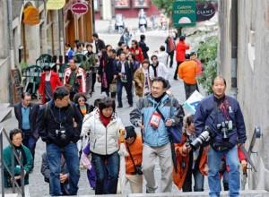 Hausse-de-22-des-touristes-chinois-a-letranger-Chinecroissance